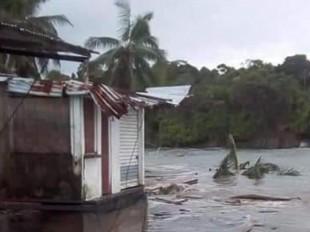 Alerta: el mar se está devorando seis pueblos del Pacífico colombiano